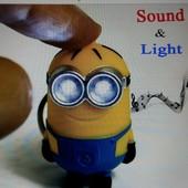 Брелок для ключей «Миньон» с подсветкой и говорящий «I love you», нов.