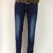 Новые красивые джинсы, р. 26