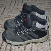 Adidas.Gore Tex оригинал,Терсокрасовочки.Размер 25