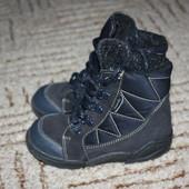 Зимние ботиночки.Размер 25