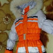 Зимняя курточка для девочки на рост 134-140