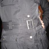 женская куртка осень-весна Reebok, хорошое состояние, есть поправимый нюанс, читайте объявление.