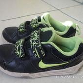 Nike шкіряні красовки 27.5р 16.5-17.5см