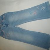 джинсы на девочку 6-7 лет , рост 122 см