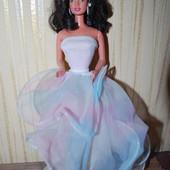 Коллекционная куколка Барби