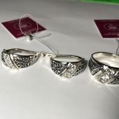 Новый красивый серебряный набор с фианитами Серебро 925 пробы