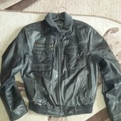 Мужская кожанная курточка Prada. Размер L. На наш 48-50