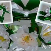 Резинка на пучок Белые лилии.