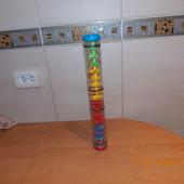 Фирменная игрушка-погремушка для малыша