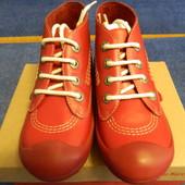 Kickers ботинки девочке р.33-31  21.5-20,5  новые