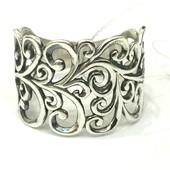 Новое красивое ажурное серебряное кольцо Серебро 925 пробы