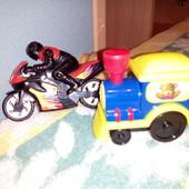 Мотоцикл и поезд