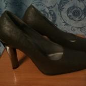 Туфли жен р.37 Монарх новые