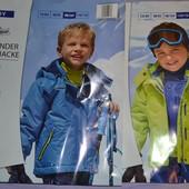 Куртка, термо, лыжная  размер 98/104 см и 110/116 см.