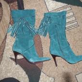 Продам женские замшевые сапоги 39 размера