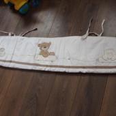 бортик, бампер,  в детскую кровать Mothercare