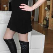 США. Трикотажное чёрное платье трапецией.