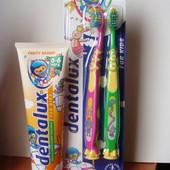 Супер Набор зубная паста 0-6л 100 мл+2 щетки на присоске