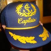 Фірмовиа стильна кепка Captain.
