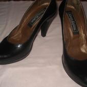 туфлі шкіряні-напівлак