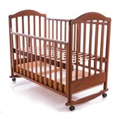 Детская кроватка Baby Care Mirabella глянцевая с ящиком светлый орех
