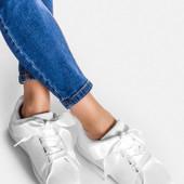 Кеды женские белые с атласным шнурком. Польша