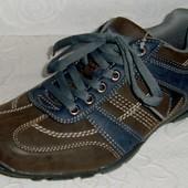 (41-42) Суперовые кроссовки С&A ! Супер цена
