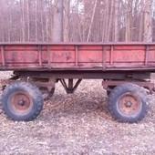 Продается тракторный прицеп с документами.