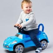 Машинка-каталка Caretero Cart