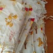 защита на кроватку + 2 комплекта постельного белья