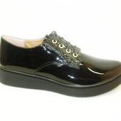 Туфли лаковые черные Т652