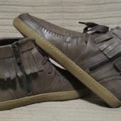 Хорошенькие легкие кожаные полусапожки в этно стиле.Caprice.Германия.
