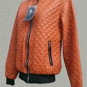Новая  стеганая куртка -400 грн