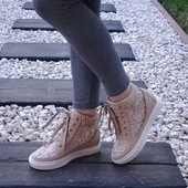 Ботинки сникерсы кружево Т12
