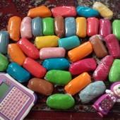 Лот 1 кг, цвета разные. Ничем не уступает  Play-Doh, правда дешевле)))