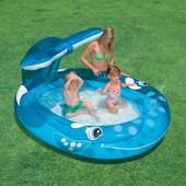 Надувной бассейн с фонтаном Веселый кит