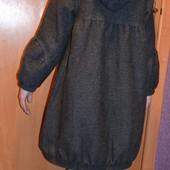 Пальто,шерстяное, деми на 7 лет р. 122 см - идет на больше.