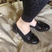 Rieker кожаные закрытые туфли 40р. Отличное состояние. Супер цена