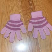 Фирменные перчатки для девочки 2-3 года