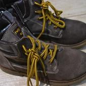 ботиночки 32р Twisty