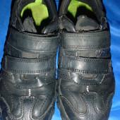 кроссовки кожаные на ножку 18-18.5 см размер uk 11 1/2 G