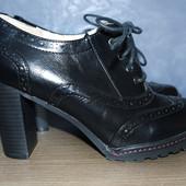 Демисезонные ботинки ботильоны Centro