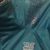 яркая ветровка TAO