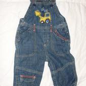 джинсы-комбинезон на мальчика 6-9 мес