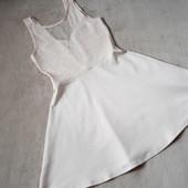 модное платье с кружевным верхом