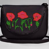 Женская сумочка черная с маками