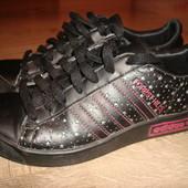 Adidas( шкіра) ,36 розмір
