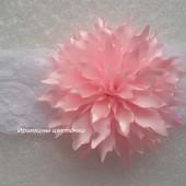 Повязка с роскошным цветком девочке от рождения