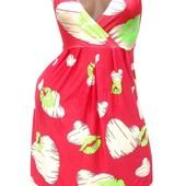 Яркие летние платья с глубоким вырезом  в расцветках