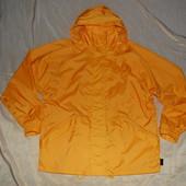 Фирменная куртка-ветровка-дождевик